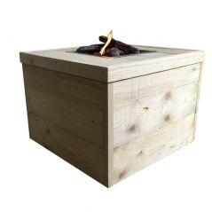 Enjoyfires Feuertisch Block neues Gerüstholz - 80 x 80 cm.
