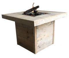 Enjoyfires Feuertisch altes Gerüstholz - 80 x 80 cm.
