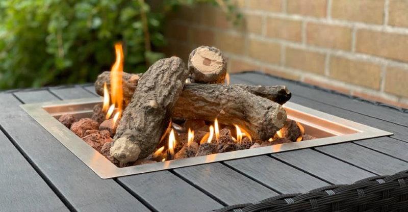 Maak je vuurtafel of inbouwbrander compleet met keramische stammetjes of een glas ombouw